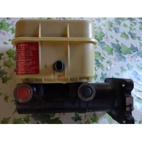 Bomba De Frenos Hidraulico De Camion Kodiak Original Nueva