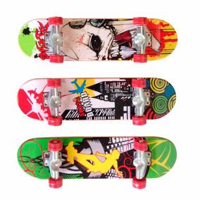 Skate De Dedo Com Lixa Kit Com 3 Unidades + Kit Acessórios