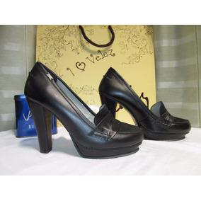 Zapatos De Tacón En Cuero Negro Marca Velez