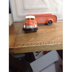 Camión Plastimarx Elaborado Para Llantas Goodyear