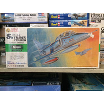 Para Armar Avion Hasegawa 1/72 Skyhawk Trainer No Tamiya