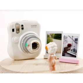 0f305fda14146 Camera Instantânea Fujifilm Instax Mini 25 Branca - Câmera Polaroid ...