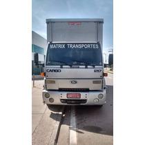 Caminhão Ford Cargo 1217