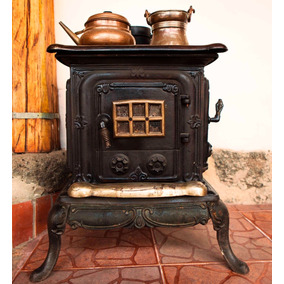 Estufa/ Cocina Italiana Antigua, Totalmente Funcional