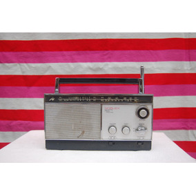 Antigua Radio Noblex Giulietta Funcionando
