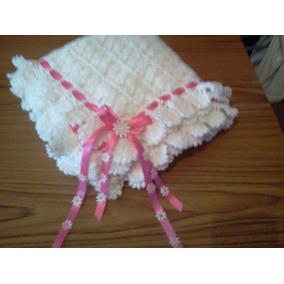 Manta De Lana Tejida Al Crochet.