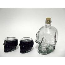 Kit 01 Garrafa + 2 Copos Caveira -cranios Ossos Drinks Taças