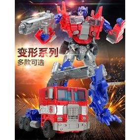 Boneco Transformers Optimus Prime Clássico Caminhão E Robô