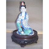 Figura Oriental De Geisha En Porcelana