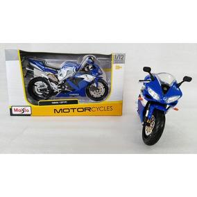 Motocicleta Yamaha Yzf R1 A Escala 1 /12 Color Azul.