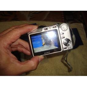 Camara Sony Cybershot 7.2 Mp Con Forro Y Su Accesorios