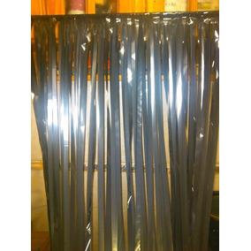 cortina para puerta hecha con cintas de vhs evite moscas
