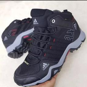 Botas Adidas Terrex Negras - Tenis Adidas para Hombre en Mercado ... 4a8a032396efe