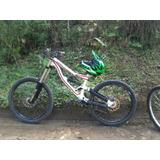 Bicicleta Downhill Specialized Status 2012