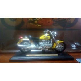 Miniatura Moto Honda F6c - Maisto Scala 1:18