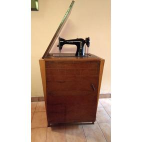 Maquina De Coser Necchi, Antigua, Completa, Excelente Estado