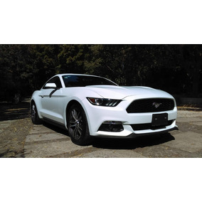 Ford Mustang Eco Boost 4cilindros Turbo Como Nuevo Impecable