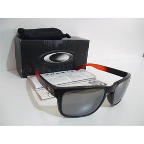 Óculos Gk -armação Imitação Ouro De Sol Oakley - Óculos no Mercado ... 8ac6abc282