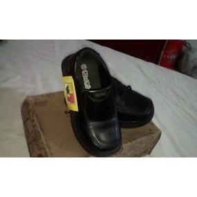 Zapatos Vitakids Talla 32. Nuevos