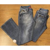 Calça Flare Jeans Zíper Bolso Revanche