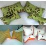 1 Par (2) Cojines Decorativos Antiestrés Con Perlas De Anime