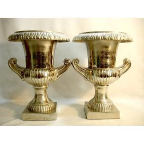 Par De Vasos Ânforas Em Pesado E Puro Alumínio Belos