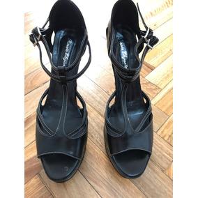 Sandalia De Mujer Taco Alto Color Negro Con Doble Ebilla