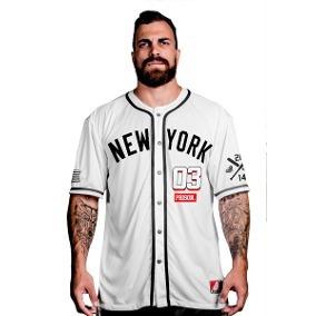 5d6bac61e Camisa Baseball Prison - Camisa Outras Manga Curta Masculinas no ...
