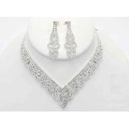 Collar Con Aretes En Pedrería Cafu227-02 A20