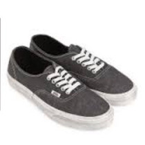 Vans Authentic ( Overwashed) Blackr$ 250.00 N37 Supply Snea