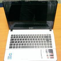 Vendo Laptop Siragon Lns-35