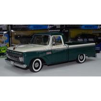 1:18 Ford F100 Custom Cab Pick Up 1965 Verde Bco Sun Star