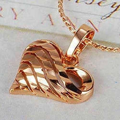 Pingente Em Coração Com Corrente Em Ouro Rose 9k - R  55,00 em Mercado Livre df3686ca5d