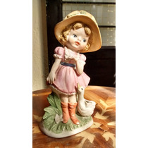 Niña Con Pato Figura De Porcelana Japonesa.