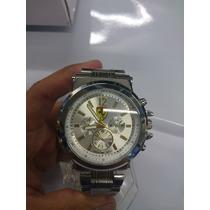 Relógio Prata Ferrari Racing Fundo Branco Modelo Classic