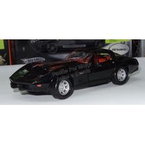 1:24 Chevrolet Corvette 1979 Negro Motor Max Display