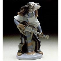 El Arcon Figura Porcelana Lladro Perro Tocando Guitarra 6011
