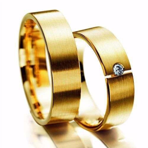 8fbd009d52add Par De Alianças Ouro 18k Reta 5mm 11gr 1 Diamante 3 Pontos - R  2.199