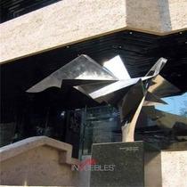 Id:16568, Moderno Edificio De 3 Pisos De 350m2 Con Excelente Ubicación. Cuenta Con Planta De Luz De Emergencia, Subestación, Sistema De Detección De Incendios, Fibra Óptica, Plafón Desmontable, Div