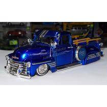 1:24 Chevrolet Pick Up 1951 Azul Jada Low Rider Display