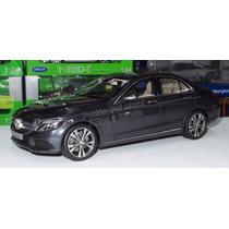 1:18 Mercedes Benz Clase C 2014 Gris Norev