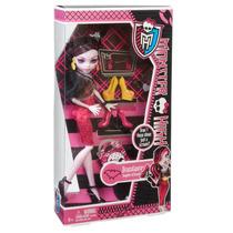 Boneca Mattel Monster High Draculaura Love Shoes