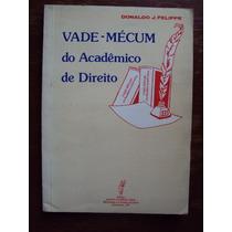 Livro Vade-mécum Do Academico (3-b)