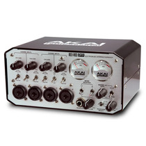 Akai Eie Pro Interface De Áudio Usb 2.0 Profissional 4x4