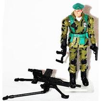 Gi Joe - Club Exclusive - Lt. Falcon Green Beret - Hasbro
