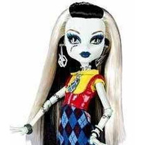 Monster High Gran Set Frankie Stein Con Ropa Y Accesorios