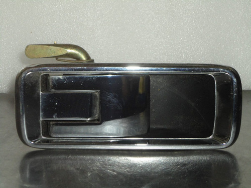 Manilla externa puerta trasera derecha fiat 132 2000 for Puerta corrediza externa