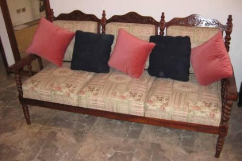juego de mueble colonial en madera tallada