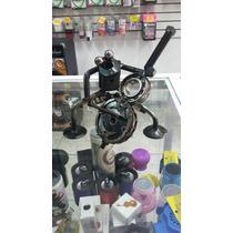 Rana Metalica Con Chelo Hecha De Materiales Reciclad