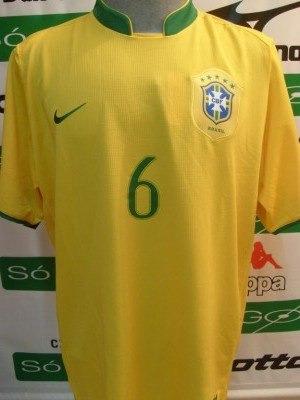 f314c2d64f Camisa Nike Seleção Brasileira R. Carlos Copa 2006 - R  299